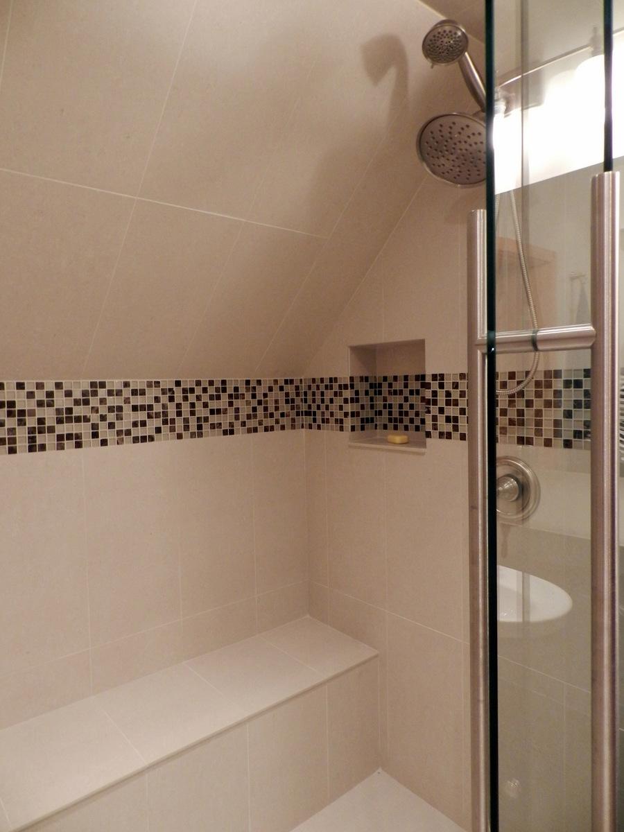 Aménagement Intérieur Salle Bain salle-de-bain-douche-amenagement-dans-un-garde-robe-lm