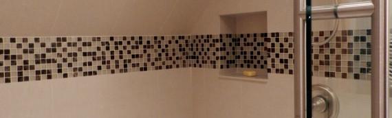 Aménagement d'une salle de bain dans un garde-robe / LM Design